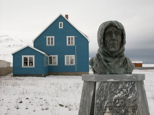 1024px-Awipev_amundsen_hg